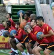 Galatasaray, yeni sezon hazırlıklarına bugün yaptığı çift antrenmanla devam etti