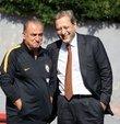 """Galatasaray Kulübü Başkanı Burak Elmas, yeni sezon için yapılan transfer çalışmalarına değinerek, """"Bu sene ve önümüzdeki senelerin transfer planlarını da hocamızla görüşmeye başladık. Bu süreç hızlı bir süreçtir. Hocamızla her gün görüşerek, birçok opsiyonu değerlendirerek devam edeceğiz"""" dedi"""