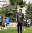 Fenerbahçe Futbol Takımı, 2021-2022 sezonu hazırlıkları kapsamında ilk antrenmanını yaptı