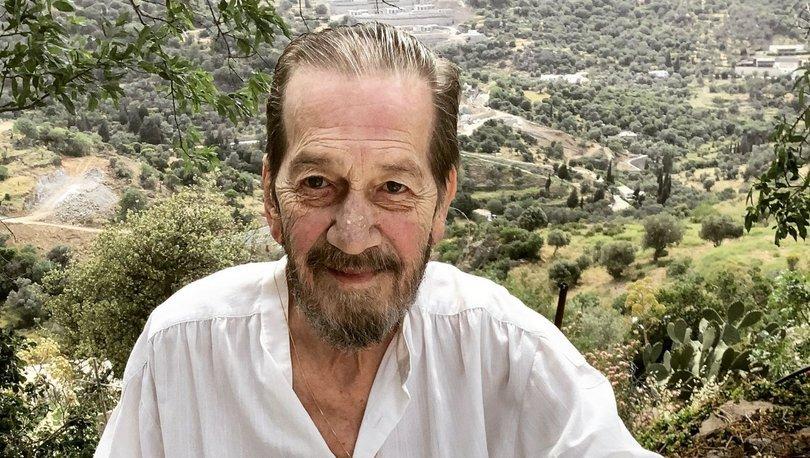 İç kanaması geçiren tiyatronun usta ismi Ferhan Şensoy önlem amacıyla hastaneye kaldırıldı
