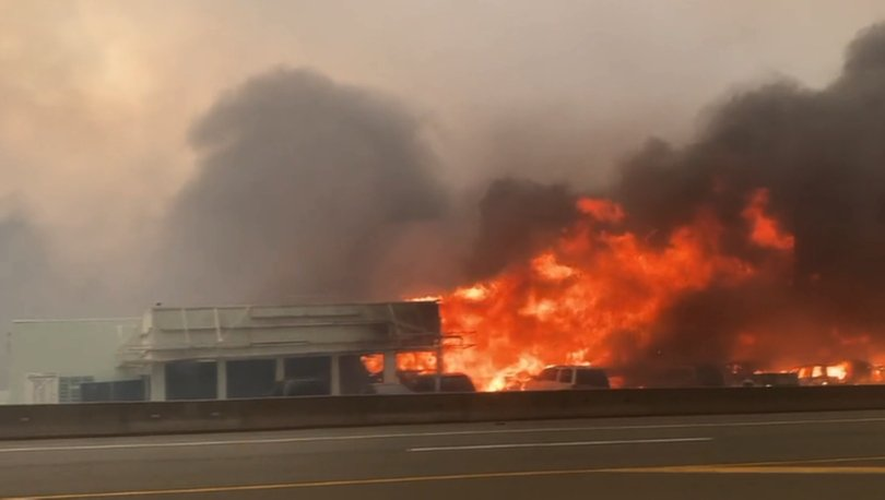 SON DAKİKA: Kanada'da rekor sıcaklık görülen köyün tamamına yakını yandı