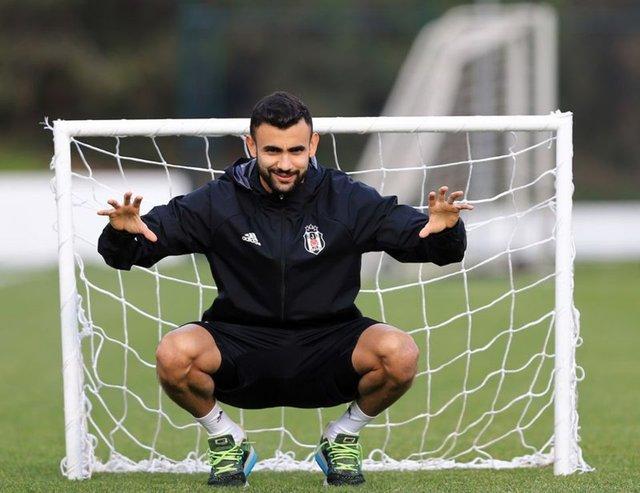 Son Dakika Beşiktaş Transfer Haberleri - Ghezzal savaşı sürüyor