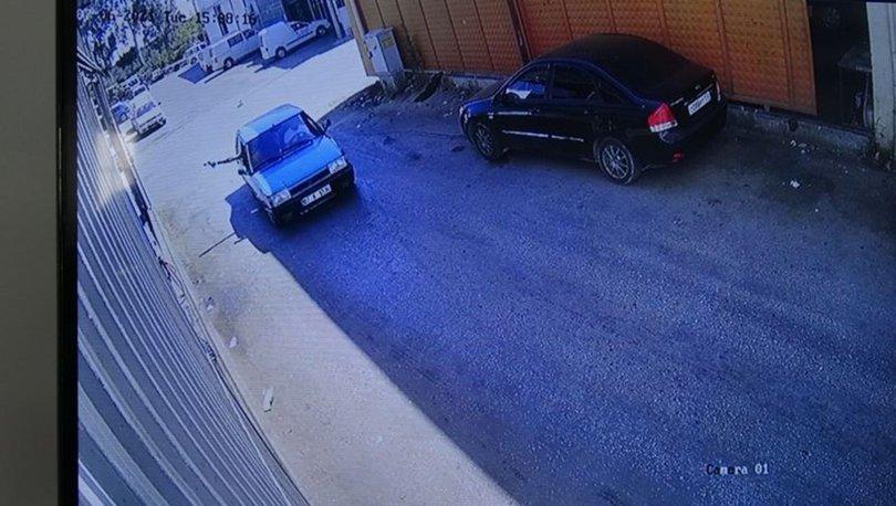 SİLAHLI SALDIRI! Antalya'da bir iş yerine otomobilden kurşun yağdırdılar! - Haberler