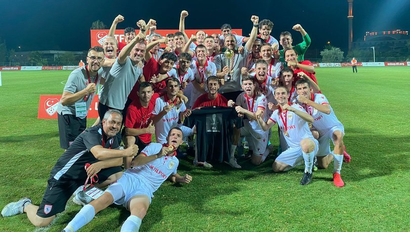 TFF 1. Lig 19 Yaş Altı Gelişim Ligi play-off finalini Yılport Samsunspor kazandı