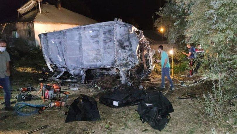 KATLİAM GİBİ... Son dakika: Minibüs devrildi! Ölü ve yaralılar var - Haberler