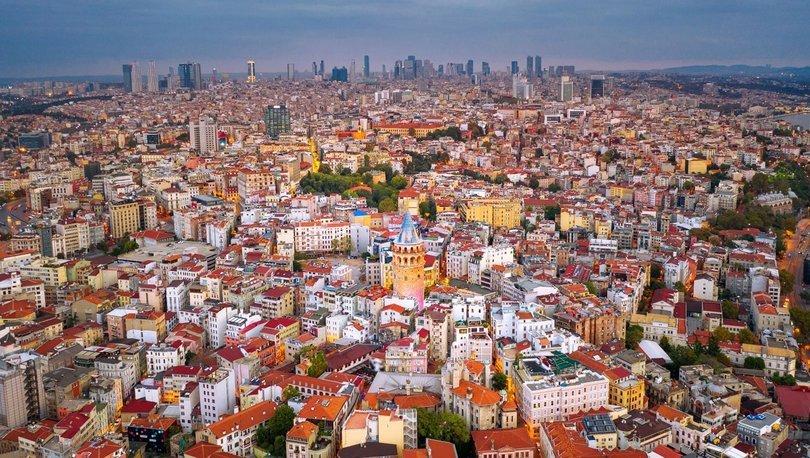 Türk müteahhitler yurtdışında 6 ayda 6,5 milyar dolarlık iş üstlendi