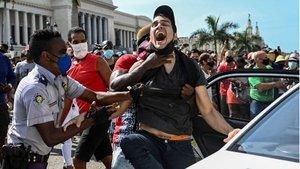 SON DAKİKA: Küba'daki hükümet karşıtı eylemlerden sonra onlarca kişi gözaltına alındı