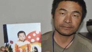 Çin'de bir baba 24 yıl önce kaçırılan oğlunu buldu