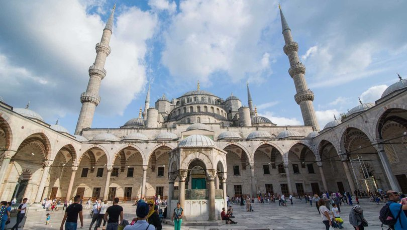 Cuma saati 16 Temmuz! İstanbul, Ankara, İzmir Diyanet cuma namaz saatleri   İstanbul Cuma vakti