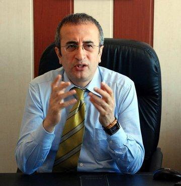 Dicle Üniversitesi Tıp Fakültesi Göğüs Hastalıkları Anabilim Dalı Öğretim Üyesi Prof. Dr. Abdurrahman Şenyiğit, Türkiye