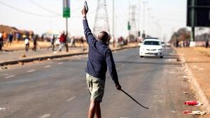 Güney Afrika'daki olaylarda yağmanın maliyeti 1 milyar dolara ulaştı