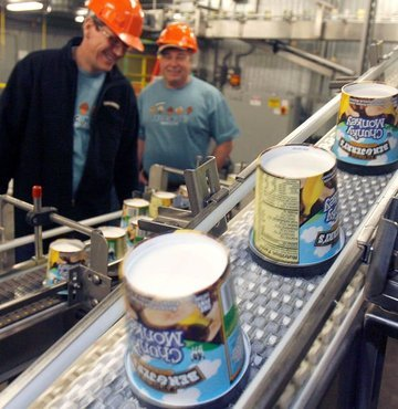 ABD merkezli dondurma şirketi Ben&Jerry's, işgal altındaki Filistin topraklarında satışlarını durduracağını açıkladı.