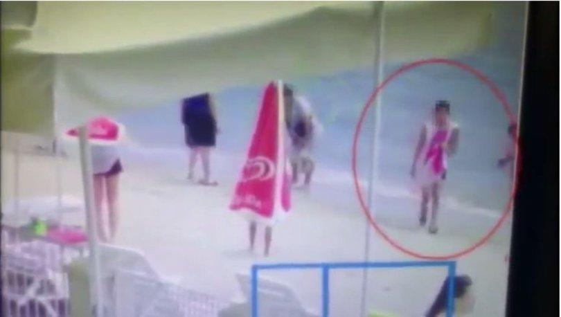 AMAN DİKKAT! Son dakika: Plajda bin dolarlık hırsızlık kamerada - VİDEO HABER