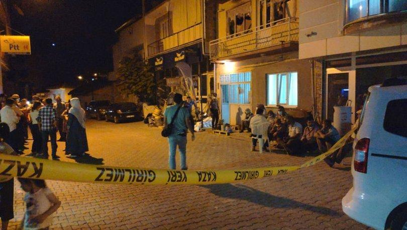 Denizli'de psikolojik tedavi gördüğü ileri sürülen kişi, annesini vahşice öldürdü!