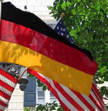 ABD ve Almanya, Rusya'dan Avrupa'ya uzanan Kuzey Akım 2 boru hattı projesinin tamamlanmasına izin verecek anlaşmaya vardı