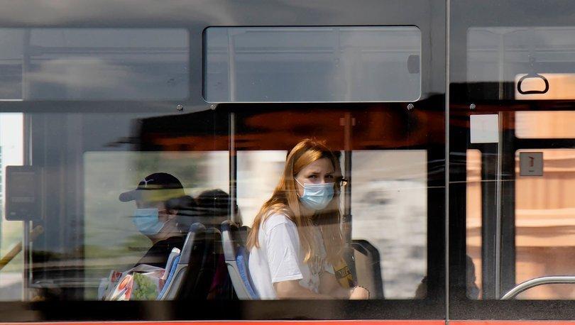 Covid: Maske takma zorunluluğunun kalkmasının etkileri neler olabilir?