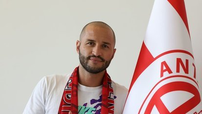 Kudriashov, Antalyaspor'da kaldı