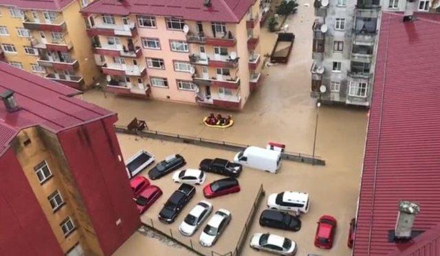 FELAKET! Son dakika: Artvin'de sel gitti, çamur kaldı; kayıp 1 kişi aranıyor
