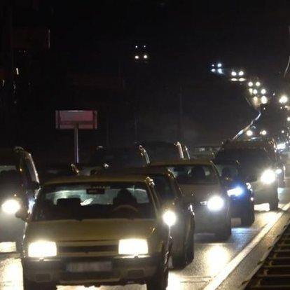 Kilit kavşak Kırıkkale'de tatil dönüşü yoğunluğu