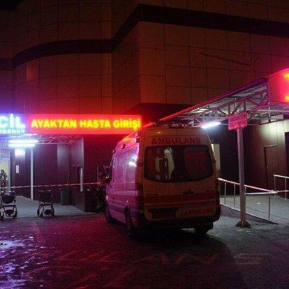 Erzincan'da traktöre çarpan otomobil devrildi: 1 ölü, 5 yaralı