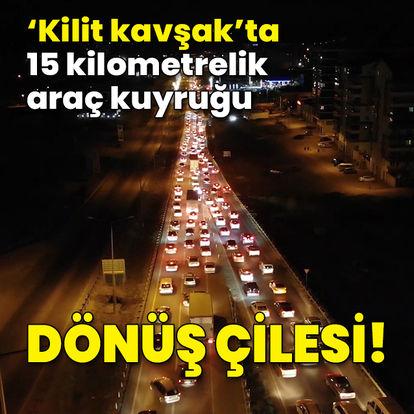 Kırıkkale'de dönüş trafiği: Araç kuyruğu 15 kilometreyi buldu