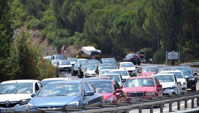 Antalya-Muğla karayolunda 15 kilometre araç kuyruğu - Haberler