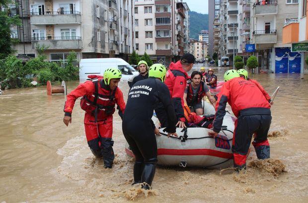 AFAD, Rize ve Artvin'de 303 kişiyi kurtardı