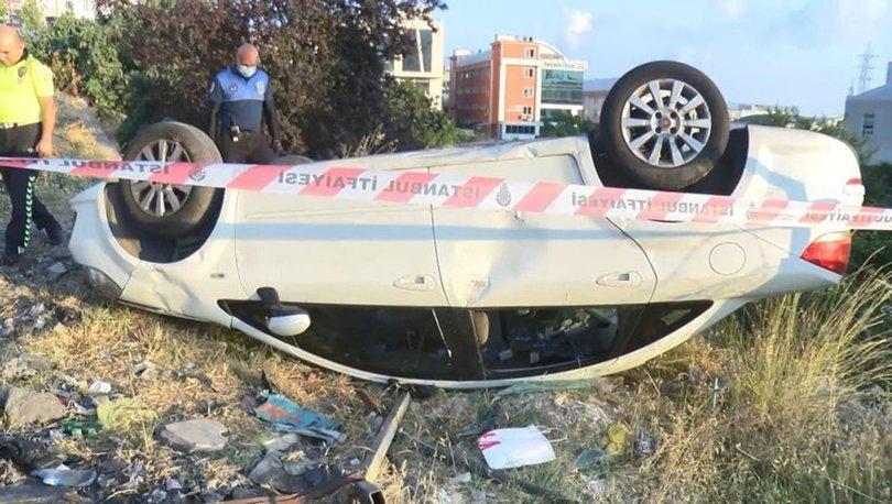 Esenyurt'ta takla atan otomobilin sürücüsü kayıplara karıştı