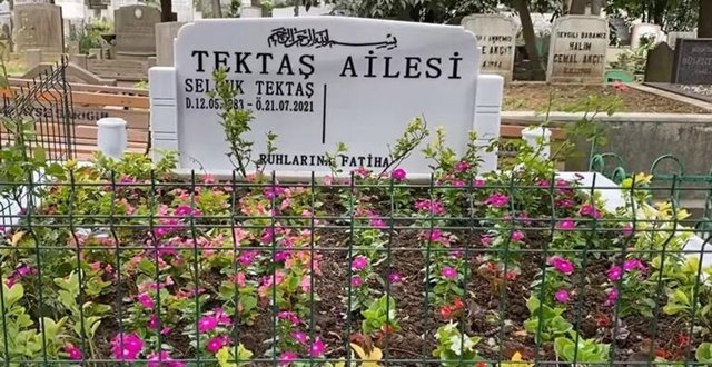 Alişan'dan acılı ziyaret! Selçuk Tektaş'ın mezarını ziyaret etti - Magazin haberleri