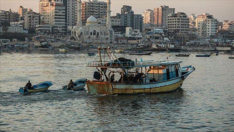 İsrail, Gazze'deki balıkçıların avlanma mesafesini 6 mile düşürdü