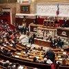 Fransa Parlamentosu tartışmalı Kovid-19 yasasını onayladı