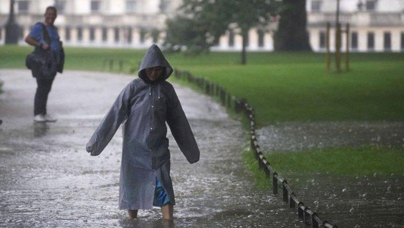 SON DAKİKA: Londra'daki şiddetli yağış sele neden oldu!