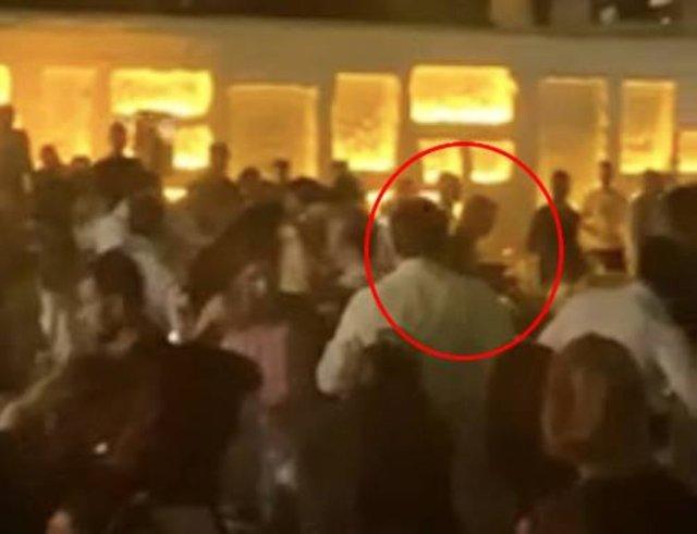 Ece Erken ve Şafak Mahmutyazıcıoğlu'nun olaylı gecesinin görüntüleri - Magazin haberleri