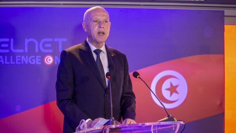 Son dakika haberi! Tunus Cumhurbaşkanı Said, bazı üst düzey devlet yetkililerini görevden aldı
