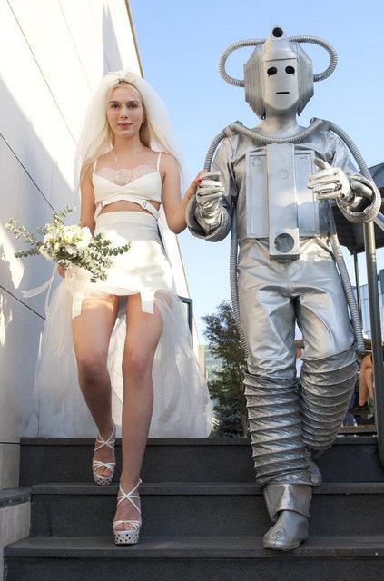 Aleyna Tilki robotla evlendi! - Magazin haberleri