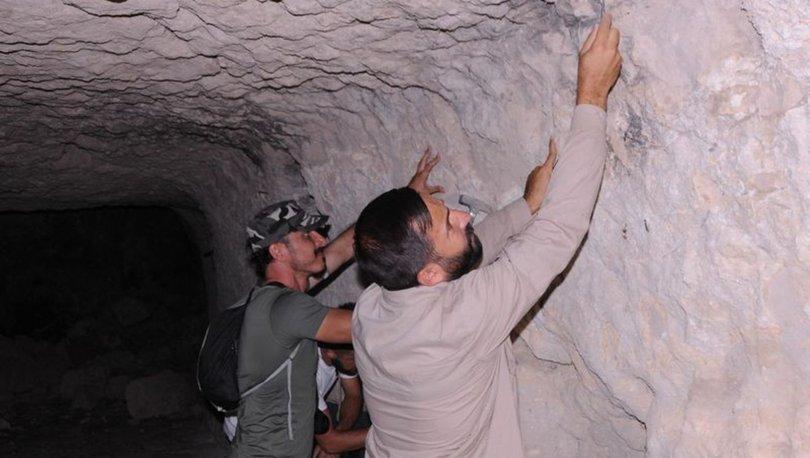 Tüf mağara tavanında fosil bulundu