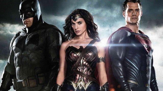 En iyi 12 DC Comics filmi