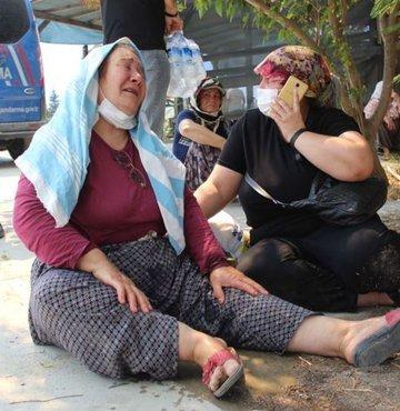 3 oğlu için ağlayan 60 yaşındaki Ayşe Duman: Kuzularım yangında kaldı
