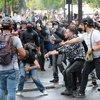 Fransa'da yüzbinlerce göstericiden aşı karşıtı protesto