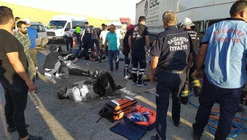Tır, işçi servisine çarptı: 3 ölü, 16 yaralı! - Haberler
