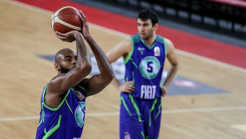 TOFAŞ, ABD'li basketbolcu Jeremy Simmons ile sözleşme yeniledi