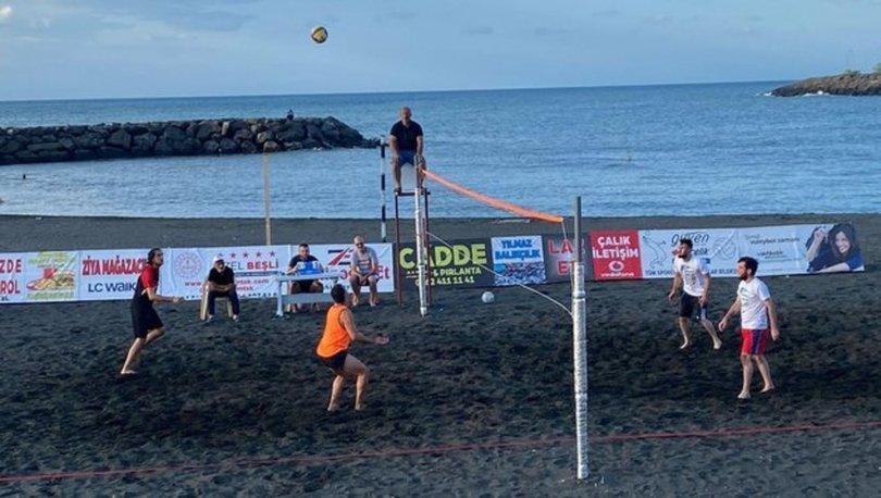 Vakfıkebir plaj voleybolu turnuvasında şampiyon belli oldu
