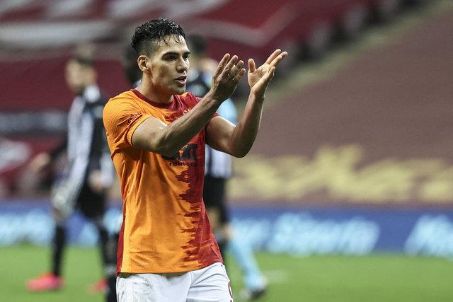 Galatasaray'da son dakika transfer haberleri! Feghouli ve Falcao'ya teklifler var