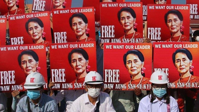 BM'den ülkede olağanüstü hâli uzatan Myanmar ordusuna