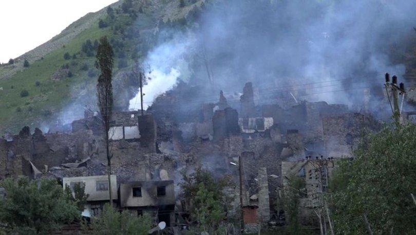 KORKUNÇ! Son dakika: Artvin Yusufeli'nde yanan 33 evden geri enkaz kaldı
