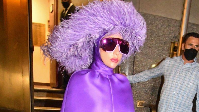 Lady Gaga morlar içinde! - Magazin haberleri