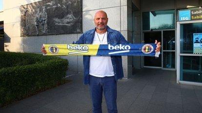 Fenerbahçe Beko'nun yeni hocası geldi