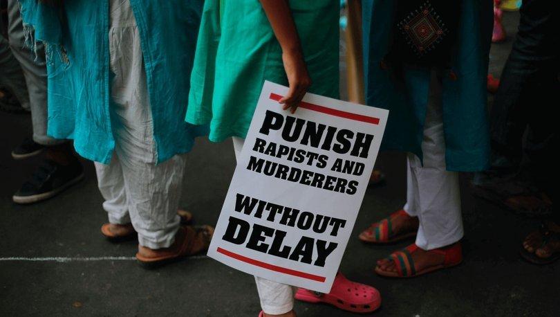 Kitlesel eylemlerin 9'uncu gününde Hindistan'ın kızı için adalet arayışı