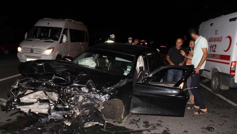 Erzincan'da iki otomobil çarpıştı: 1 bebek öldü, 2'si çocuk 7 kişi yaralandı