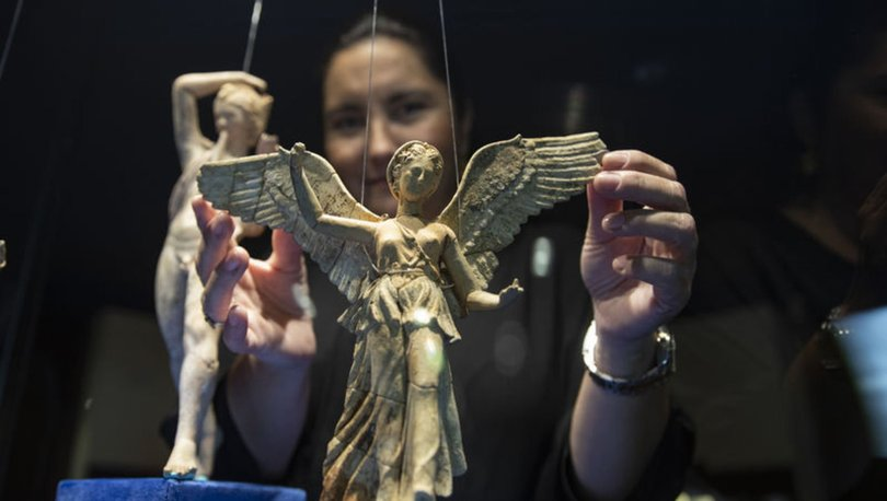 Peri heykelcikleri İzmir Arkeoloji Müzesi'nde ilk kez ziyarete açıldı